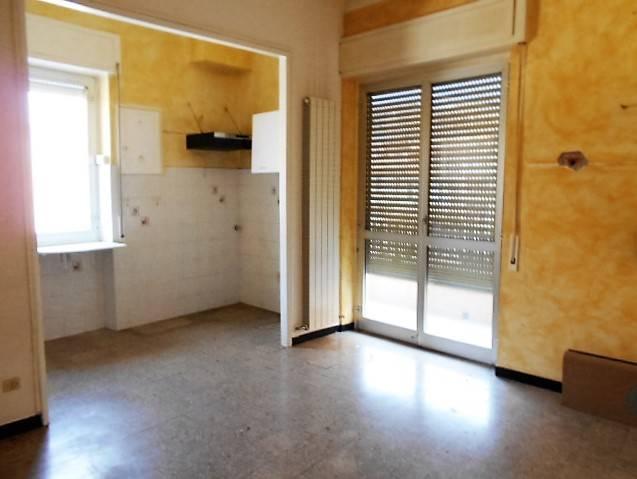 Appartamento in vendita a Vallecrosia, 3 locali, zona Località: PIANI DI VALLECROSIA, prezzo € 190.000 | Cambio Casa.it