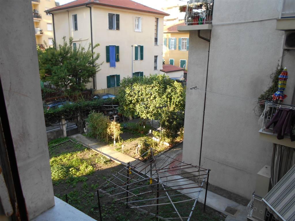 Appartamento in vendita a Ventimiglia, 2 locali, zona Località: CENTRO STUDI, prezzo € 102.000 | Cambio Casa.it