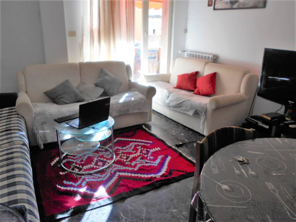 Appartamento in vendita a Ventimiglia, 3 locali, zona Località: CENTRO STUDI, prezzo € 145.000 | Cambio Casa.it