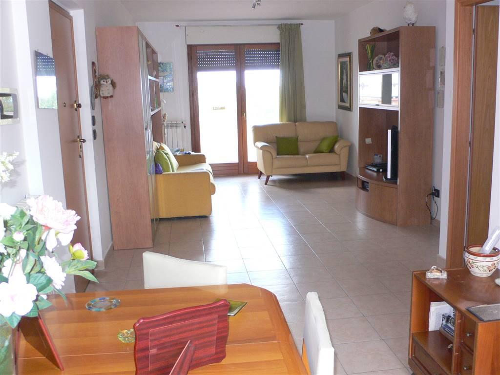 Appartamento in vendita a Francavilla al Mare, 6 locali, prezzo € 200.000 | Cambio Casa.it