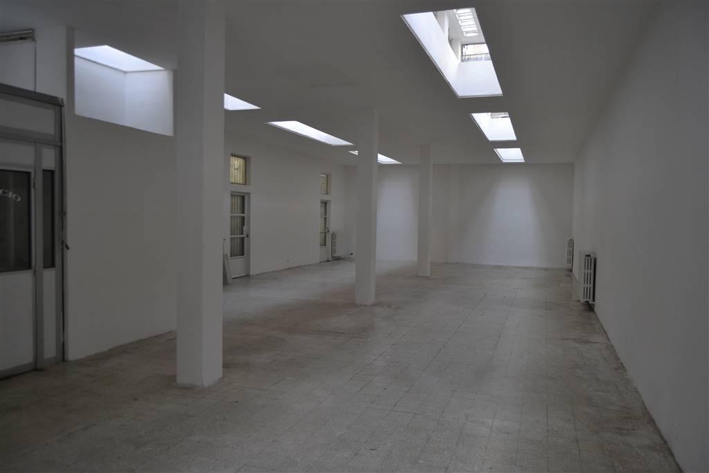 Laboratorio in affitto a Milano, 1 locali, zona Zona: 15 . Fiera, Firenze, Sempione, Pagano, Amendola, Paolo Sarpi, Arena, prezzo € 2.000 | CambioCasa.it