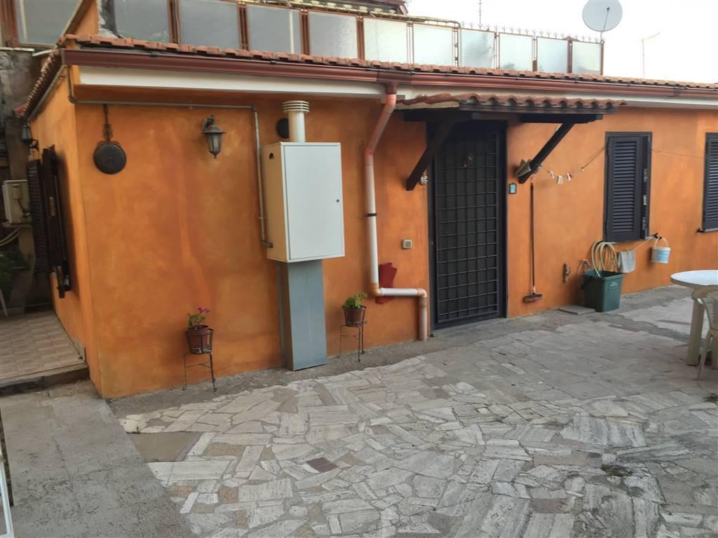 Casa singola, Finocchio - Torre Gaia - Tor Vergata, Roma, ristrutturata