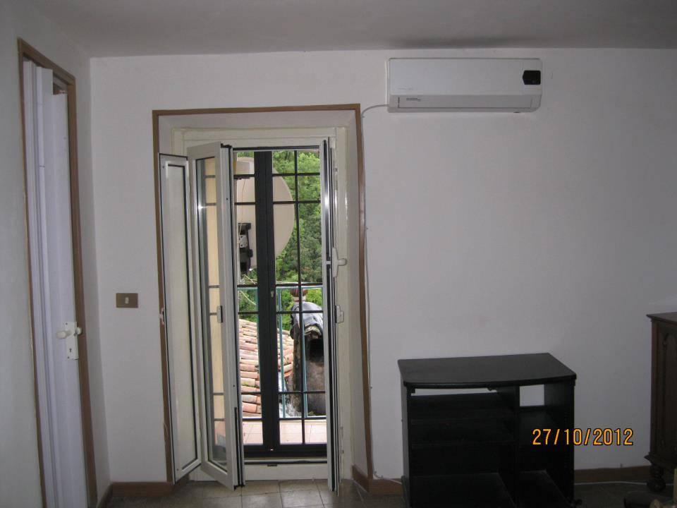 Soluzione Indipendente in vendita a Poli, 3 locali, prezzo € 30.000 | Cambio Casa.it