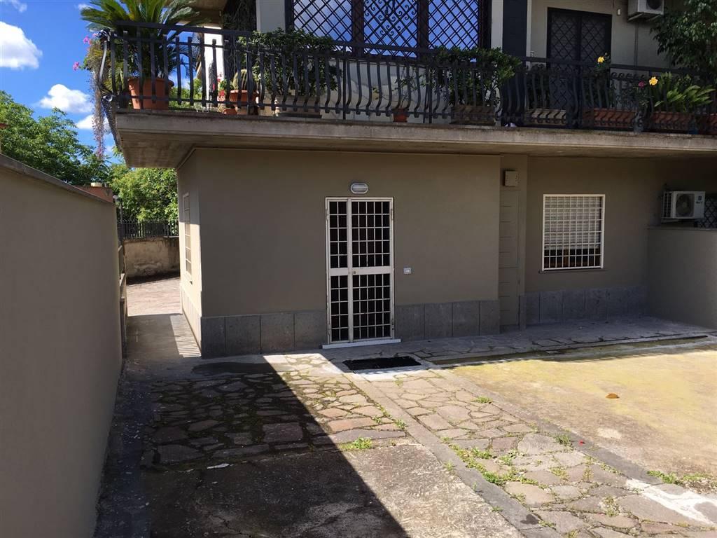 Soluzione Indipendente in vendita a Roma, 3 locali, zona Zona: 36 . Finocchio, Torre Gaia, Tor Vergata, Borghesiana, prezzo € 150.000 | Cambio Casa.it