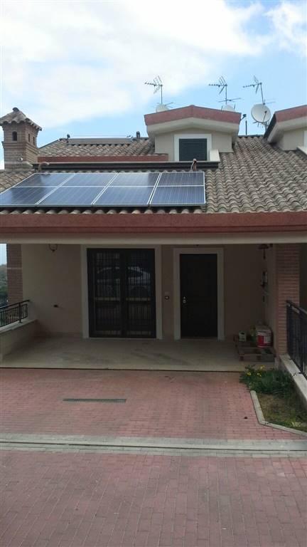 Soluzione Indipendente in vendita a Monte Porzio Catone, 4 locali, prezzo € 270.000 | Cambio Casa.it