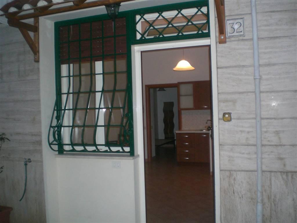 Appartamento in affitto a Monte Compatri, 2 locali, zona Zona: Laghetto, prezzo € 450 | CambioCasa.it