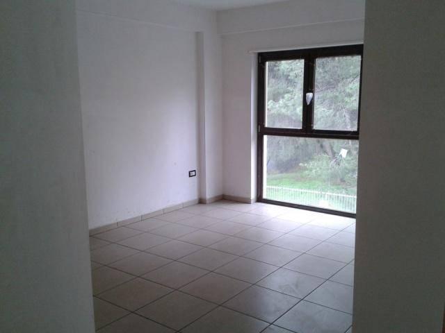 Appartamento in vendita a Rende, 3 locali, zona Zona: Roges, prezzo € 145.000 | Cambio Casa.it