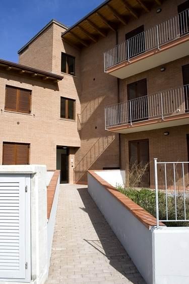 Appartamento in vendita a Camerata Picena, 4 locali, prezzo € 130.000 | Cambio Casa.it
