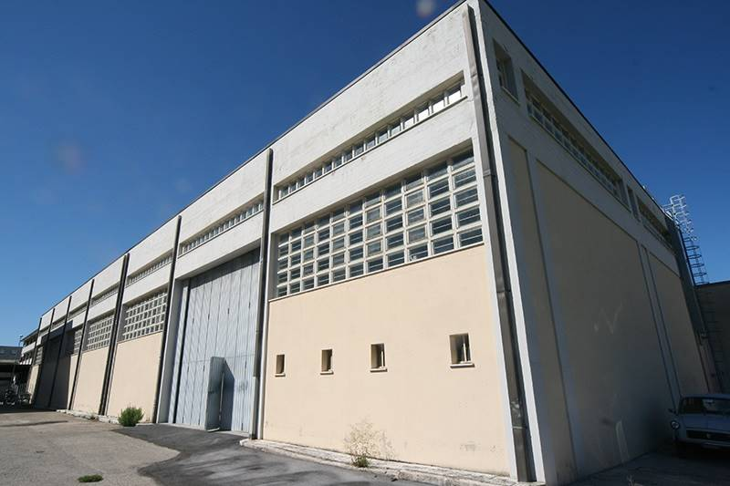 Capannone in Vendita a Ancona