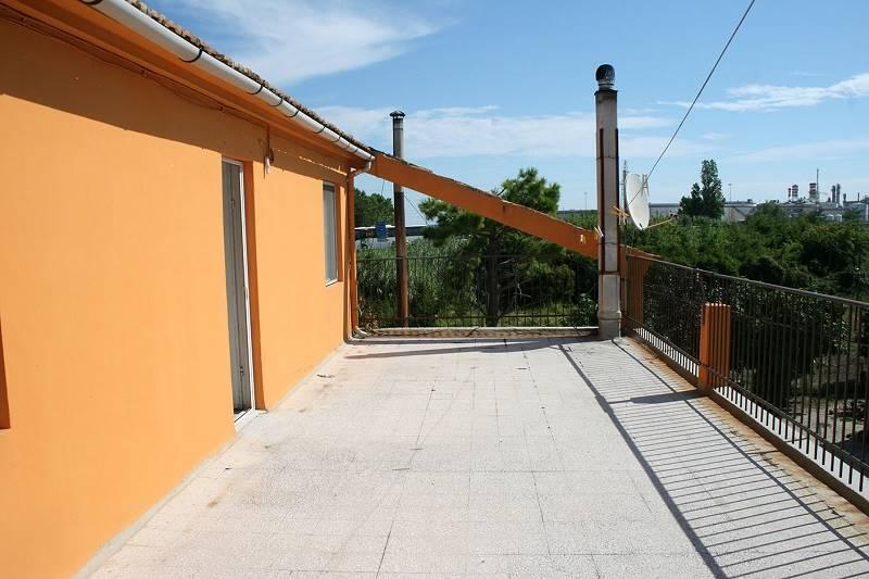 Appartamento in Vendita a Falconara Marittima