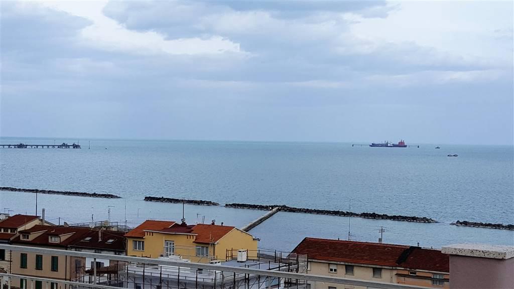 Appartamento in vendita a Falconara Marittima, 3 locali, zona Zona: Centro, prezzo € 108.000 | CambioCasa.it