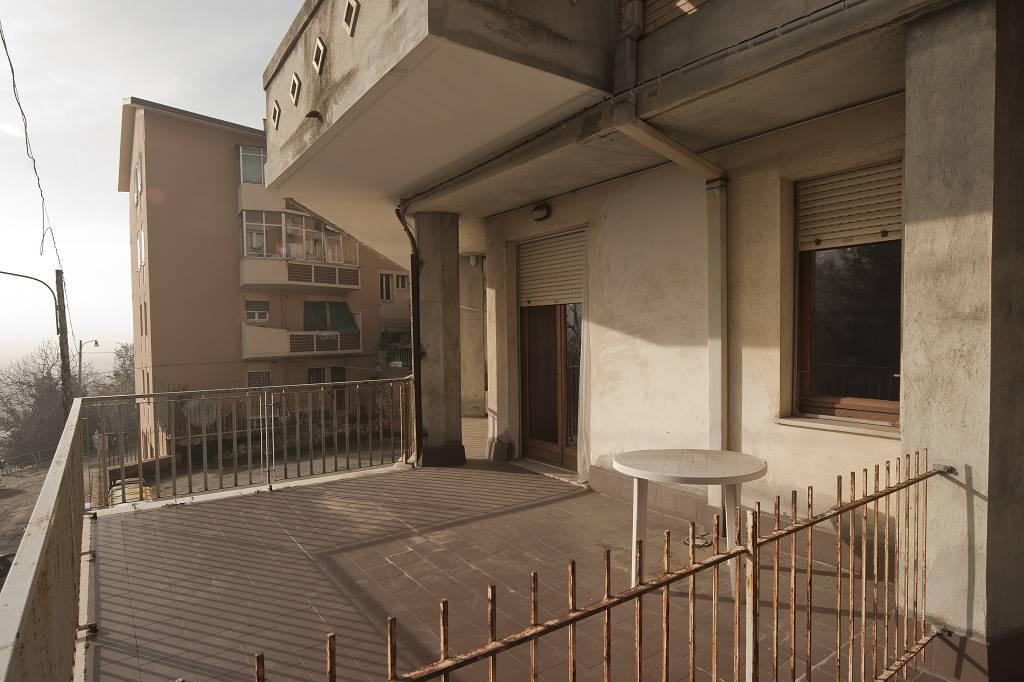 Vendita appartamenti cinque o pi locali a ancona for Questura di ancona permesso di soggiorno