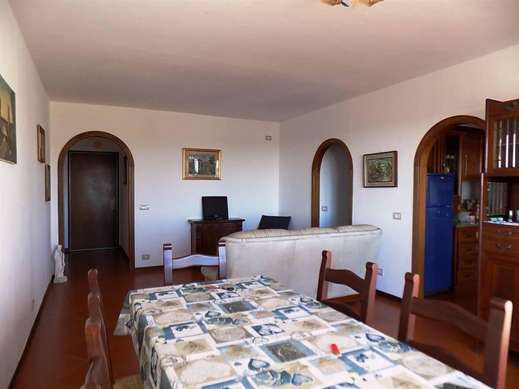Appartamento in Via Torres, Cecina