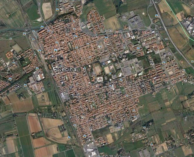 Attività commerciale in Affitto Cecina in provincia di Livorno