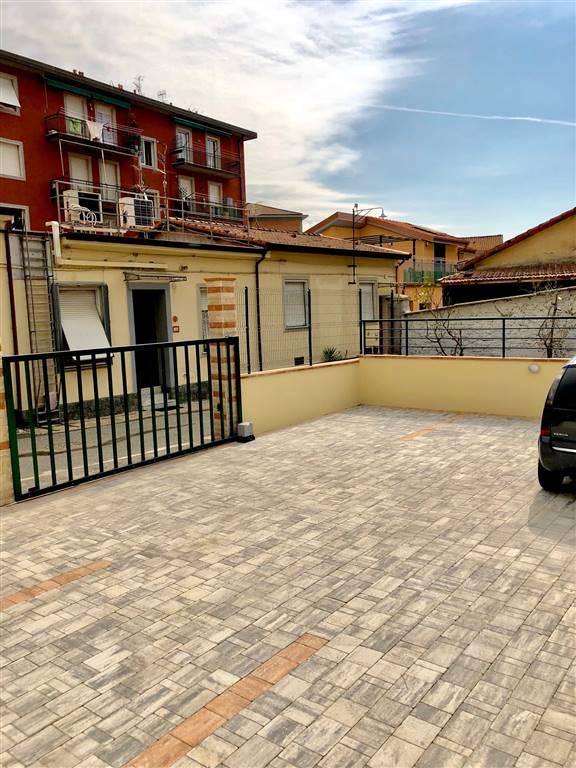 garage-Box-posto auto  in Affitto a La Spezia