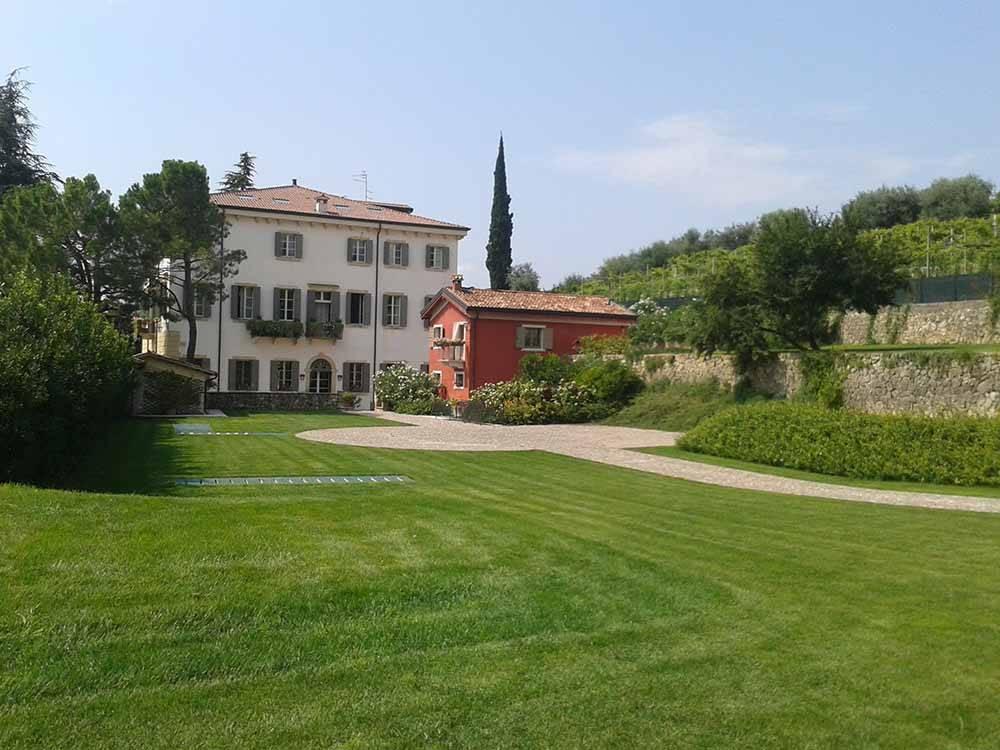 Villa in vendita a Marano di Valpolicella, 60 locali, zona Zona: Valgatara, Trattative riservate | CambioCasa.it