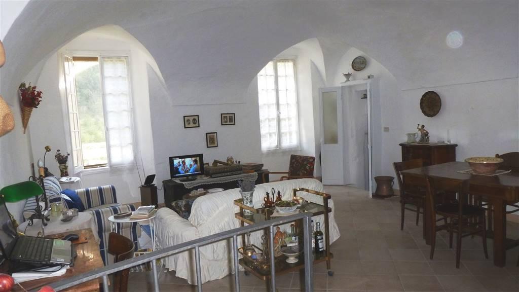 Appartamento in vendita a Pigna, 4 locali, prezzo € 140.000 | Cambio Casa.it