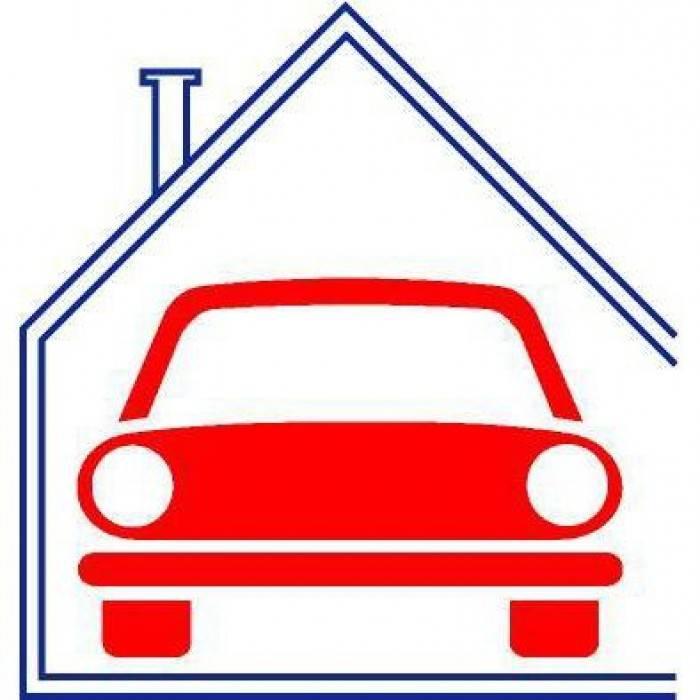 garage-Box-posto auto  in Vendita a Vico Equense