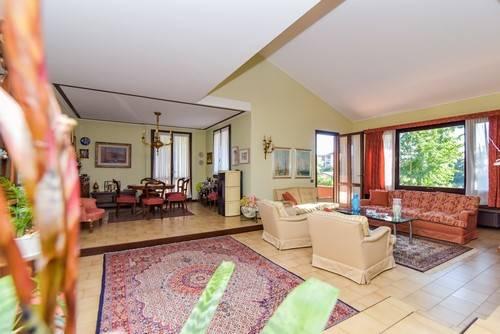 Foto: Villa in Via Dei Cappuccini 3, Tradate