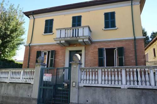 Appartamento in vendita a Vedano Olona, 3 locali, prezzo € 100.000 | Cambio Casa.it