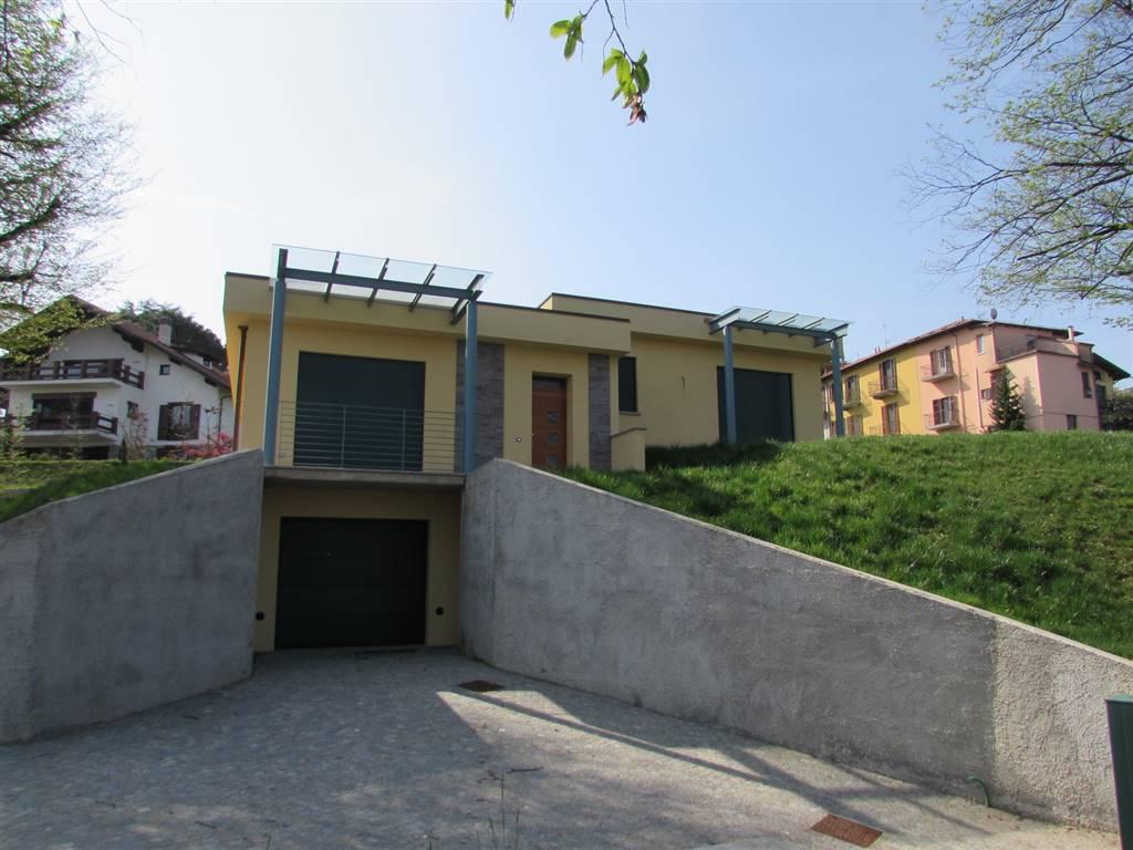 Villa in affitto a Bodio Lomnago, 5 locali, prezzo € 2.500 | CambioCasa.it