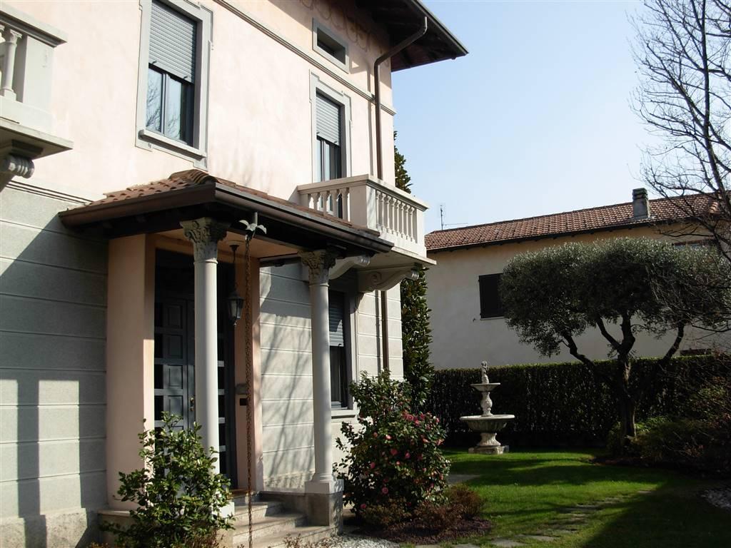 Villa in vendita a Lurago Marinone, 5 locali, prezzo € 340.000 | CambioCasa.it