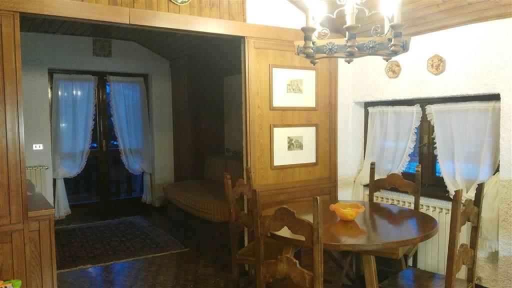 Appartamento in affitto a Castione della Presolana, 2 locali, prezzo € 400 | Cambio Casa.it