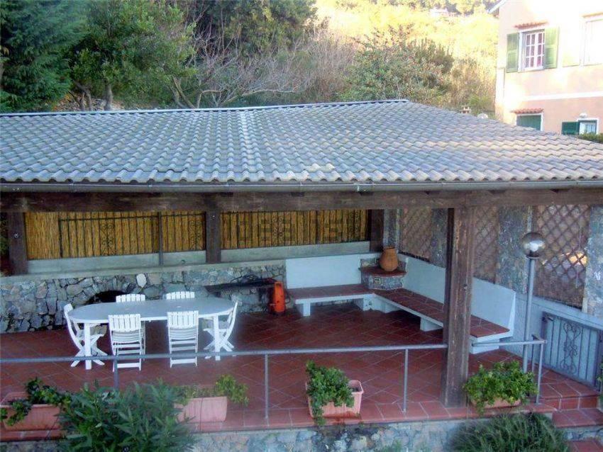 Casa in vendita noli in provincia di savona a for Case in vendita provincia di savona