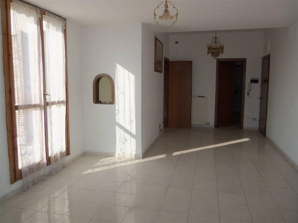 Quadrilocale in Via Vasari 1, Centro Storico, San Gerardo, Libertà, Monza
