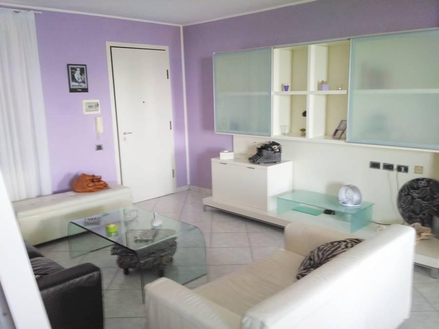 Appartamento in vendita a San Vincenzo, 4 locali, zona Località: SAN VINCENZO, prezzo € 275.000 | Cambio Casa.it