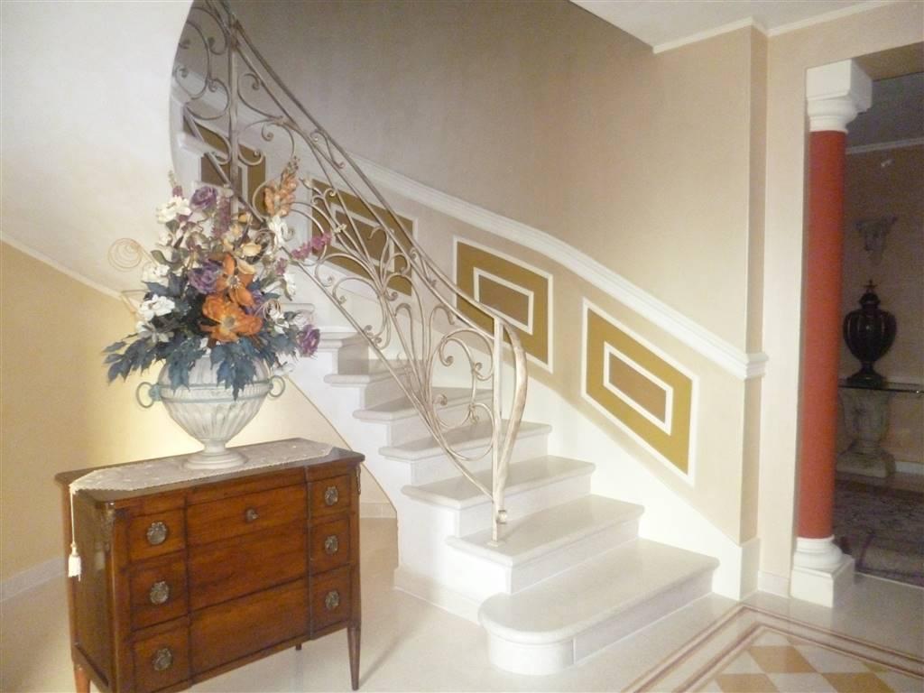 Villa in vendita a Castagneto Carducci, 9 locali, zona Zona: Donoratico, Trattative riservate | CambioCasa.it