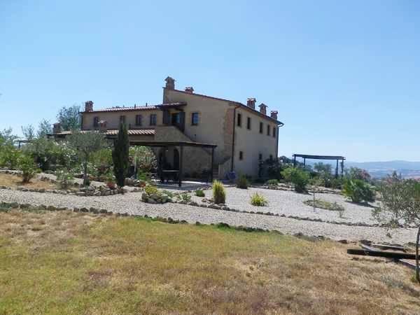 Rustico / Casale in vendita a Volterra, 5 locali, prezzo € 330.000 | CambioCasa.it