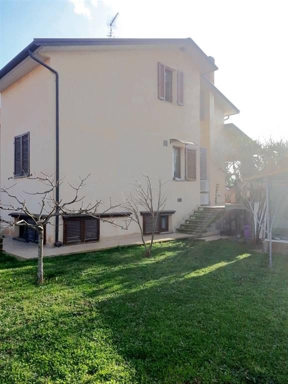Soluzione Indipendente in vendita a San Vincenzo, 7 locali, prezzo € 400.000 | CambioCasa.it