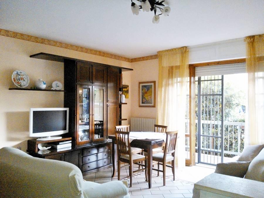 Soluzione Indipendente in vendita a Castagneto Carducci, 4 locali, zona Zona: Donoratico, Trattative riservate   CambioCasa.it