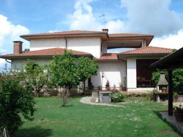 Villa in vendita a Castagneto Carducci, 10 locali, zona Zona: Bolgheri, prezzo € 960.000 | CambioCasa.it