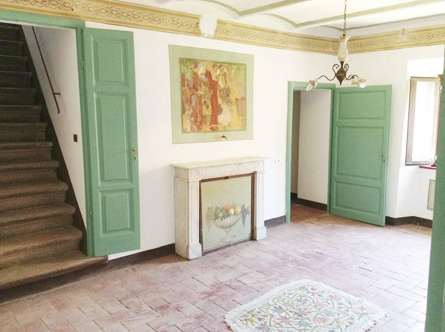 Appartamento in vendita a Sassetta, 5 locali, zona Località: SASSETTA, prezzo € 170.000   CambioCasa.it