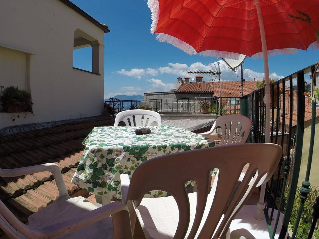 Soluzione Indipendente in vendita a Bordighera, 3 locali, prezzo € 199.000 | Cambio Casa.it