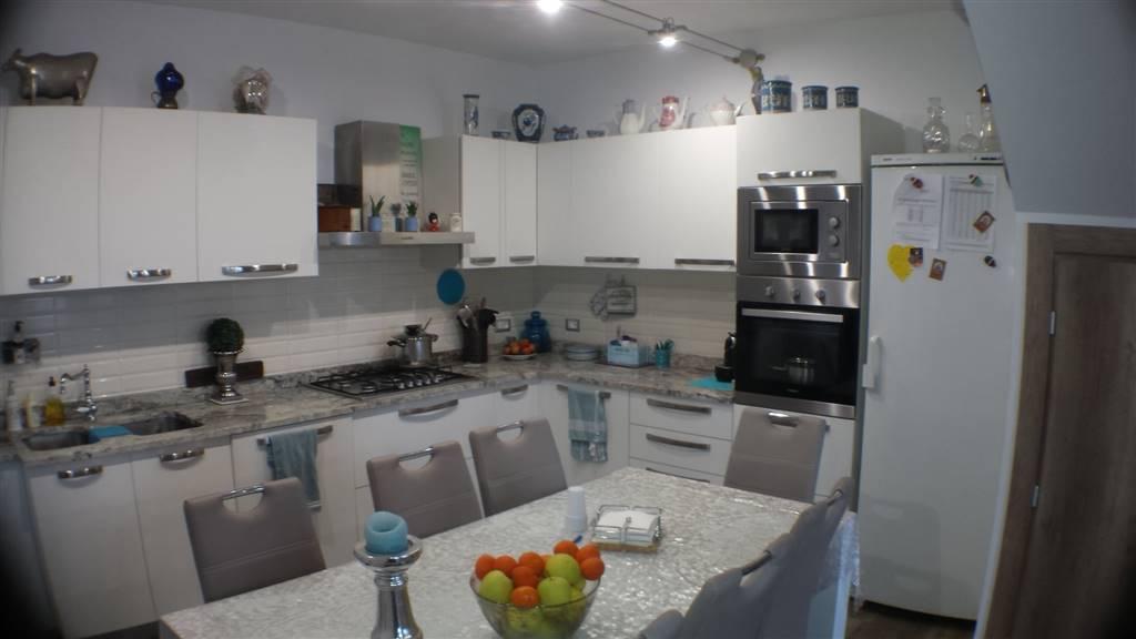 Villa in vendita a Ventimiglia, 5 locali, prezzo € 680.000 | Cambio Casa.it