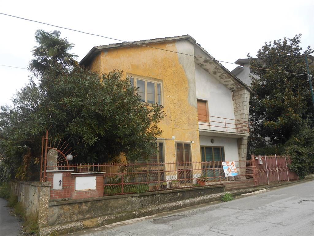 Case montemiletto compro casa montemiletto in vendita e for Case affitto avellino arredate