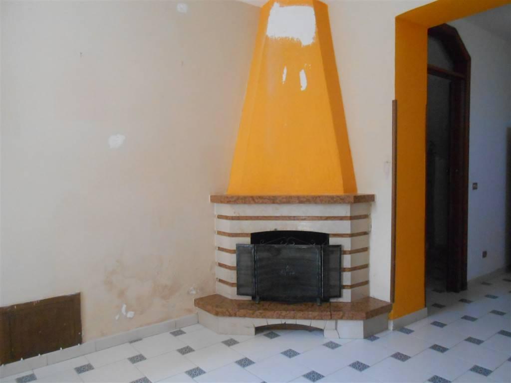 Appartamento in vendita a Montemiletto, 5 locali, prezzo € 81.000 | Cambio Casa.it