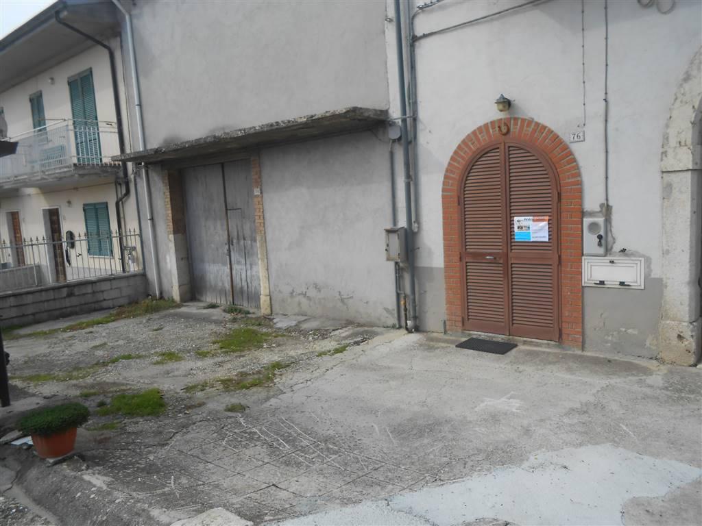 Appartamento in vendita a Montefusco, 7 locali, prezzo € 65.000 | Cambio Casa.it