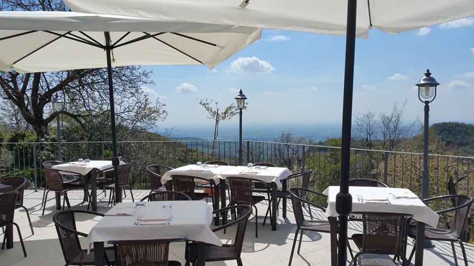 Ristorante / Pizzeria / Trattoria in affitto a Sant'Ambrogio di Valpolicella, 9999 locali, prezzo € 1.600 | Cambio Casa.it