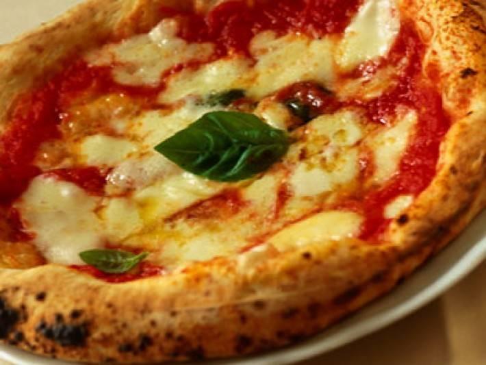 Ristorante / Pizzeria / Trattoria in vendita a Lazise, 9999 locali, prezzo € 350.000 | Cambio Casa.it
