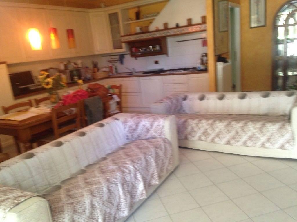 Appartamento in vendita a Sesto Fiorentino, 4 locali, prezzo € 289.000 | Cambio Casa.it
