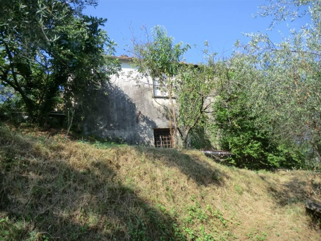 Rustico / Casale in vendita a Vezzano Ligure, 4 locali, prezzo € 70.000 | Cambio Casa.it