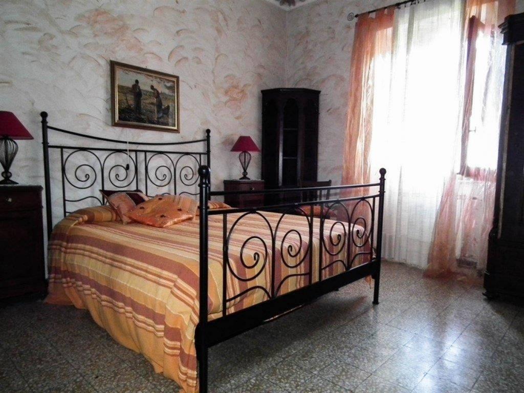 Appartamento in affitto a Bolano, 4 locali, zona Zona: Ceparana, prezzo € 480 | Cambio Casa.it