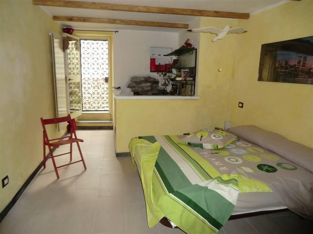 Appartamento in affitto a Vezzano Ligure, 2 locali, prezzo € 50 | Cambio Casa.it