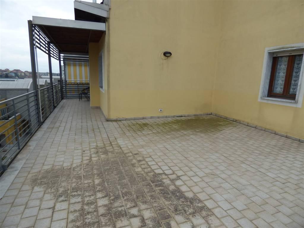Attico / Mansarda in vendita a Santo Stefano di Magra, 5 locali, zona Località: PONZANO MAGRA CONAD, prezzo € 230.000   Cambio Casa.it