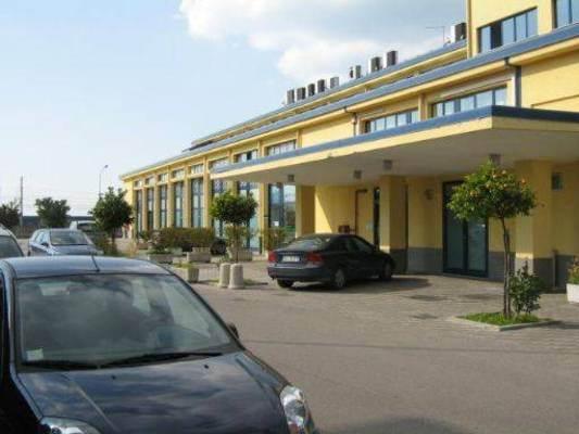 Ufficio / Studio in vendita a Pontecagnano Faiano, 9999 locali, zona Zona: Pontecagnano, prezzo € 90.000 | Cambio Casa.it