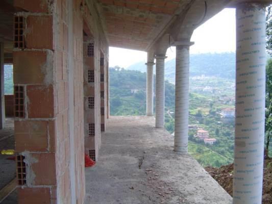 Villa in vendita a Salerno, 5 locali, zona Località: GIOVI, prezzo € 250.000 | Cambio Casa.it